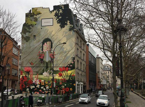 Paris lutte contre la publicité sauvage